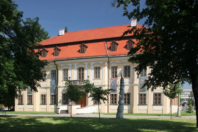 Late Baroque manor house of the Záhorie gallery in Senica